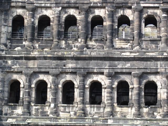 Porta Niger Trier